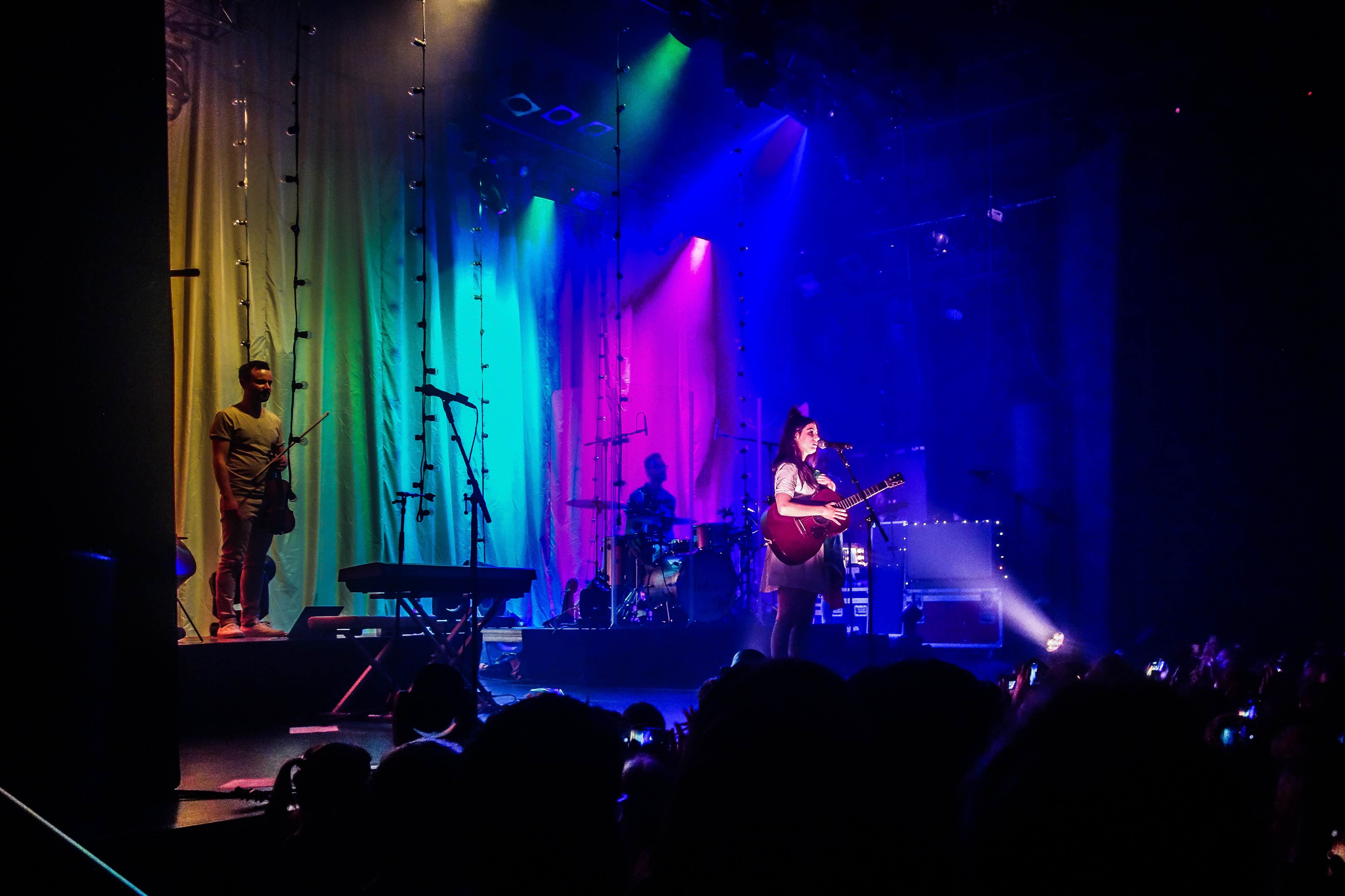 Dodie Clark optreden in Melkweg Amsterdam